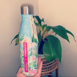 New Lilly Pulitzer Swell Water Bottle Sirens